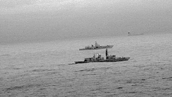 İngiliz St. Albans firkateyni, Kuzey Denizi'nde İngiltere karasularında seyreden Rus Amiral Gorşkov firkateynine refakat etti. - Sputnik Türkiye