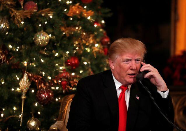 Trump Noel'de çocuklarla telefon görüşmeleri yaptı.