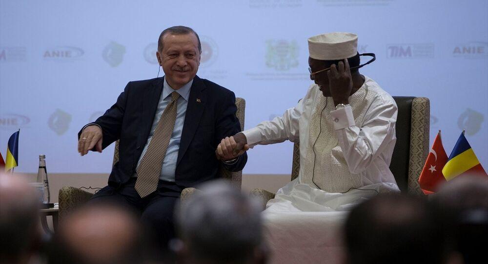 Cumhurbaşkanı Recep Tayyip Erdoğan, Çad Cumhurbaşkanı İdris Debi ile birlikte Çad-Türkiye İş Forumuna katıldı
