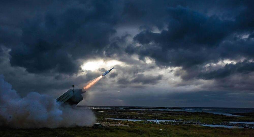 ABD'li silah üreticisi Raytheon aralarında Türkiye'nin de bulunduğu 10 ülkeye AMRAAM havadan havaya füze satışı için sözleşme yaptı.