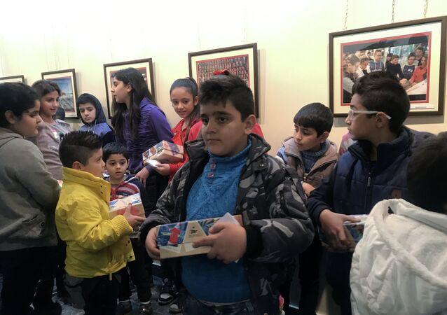 Rusya'nın Şam'daki Bilim ve Kültür Merkezi, Suriyeli çocuklar için Şam'da yılbaşı etkinlikleri düzenledi