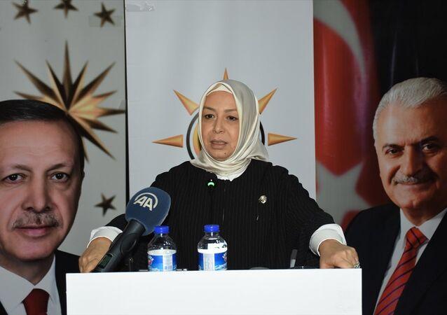AK Parti Genel Başkan Yardımcısı Öznur Çalık