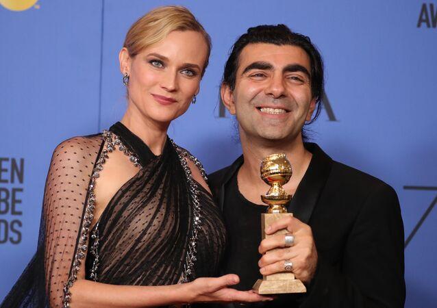 Fatih Akın'ın Almanya/Fransa ortak yapımı filmi In The Fade, Yabancı Dilde En İyi Film ödülü aldı. Fatih Akın ödülü, In The Fade'de rol alan Diane Kruger ile aldı.
