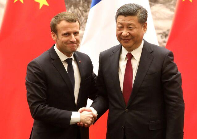 Fransa Cumhurbaşkanı Emmanuel Macron ile Çin Devlet Başkanı Şi Cinping