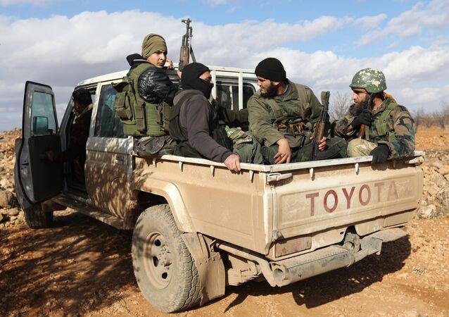 İdlib-militanlar