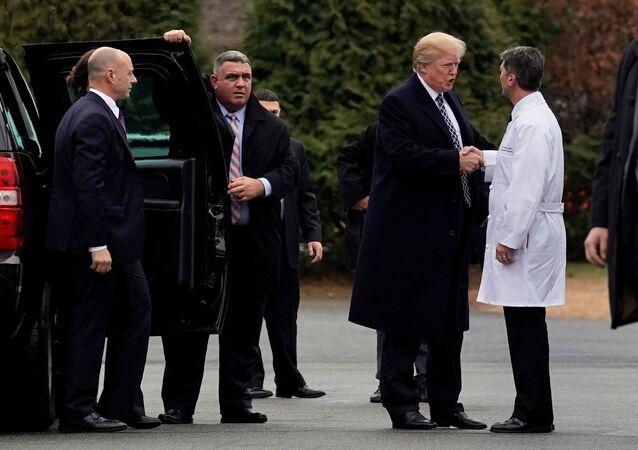 ABD Başkanı Donald Trump ile Dr. Ronny Jackson