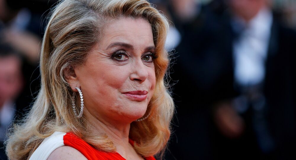 Catherine Deneuve 70. Cannes Film Festivali