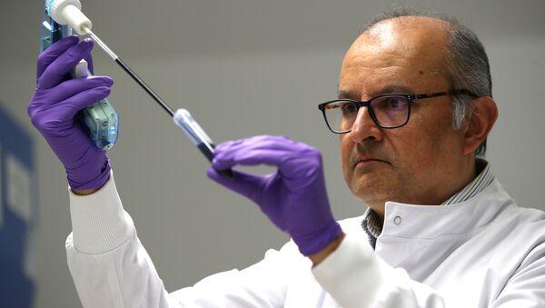 Moleküler Biyoloji Laboratuvarı kan testiyle kanser teşhisi - Sputnik Türkiye