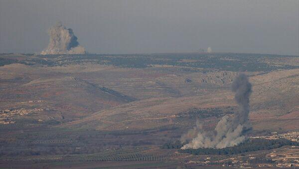 Afrin bölgesinde bulunan hedeflere Türk savaş jetleri hava harekatı gerçekleştirdi. - Sputnik Türkiye