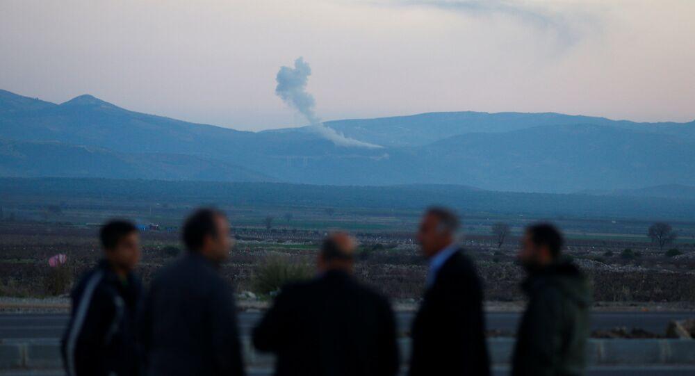 Hatay'ın Hassa ilçesinden Afrin operasyonunu izleyenler