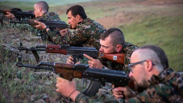 YPG yabancı savaşçılar eğitimde Rasulayn - Sputnik Türkiye