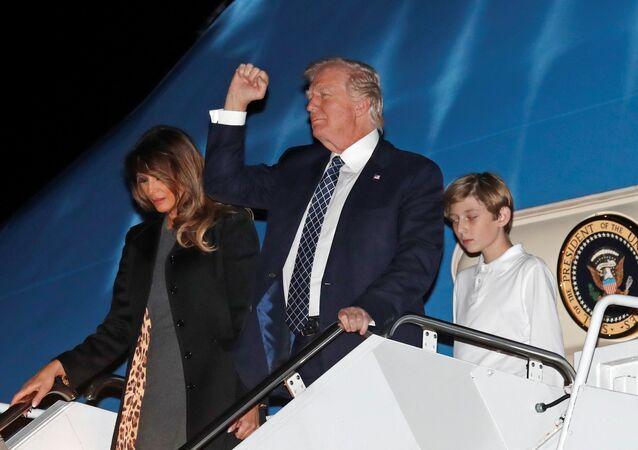 ABD Başkanı Donald Trump- First Lady Melania Trump- Oğulları Barron Trump