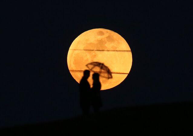 Süper Kanlı Mavi Ay Tutulması'ndan kareler