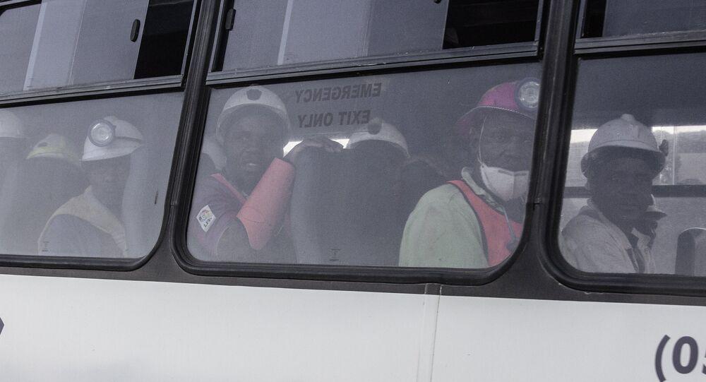 Güney Afrikalı madenciler