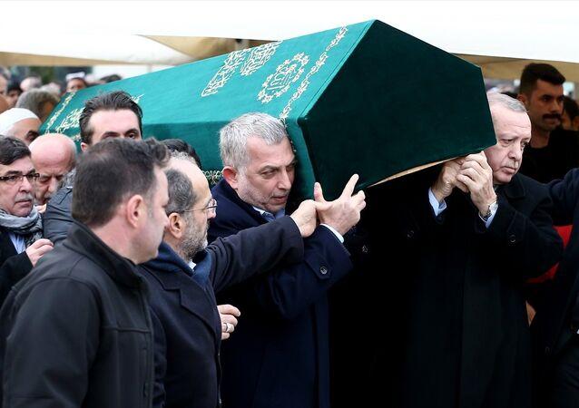 Cumhurbaşkanı Erdoğan ve AK Parti İstanbul Milletvekili Metin Külünk