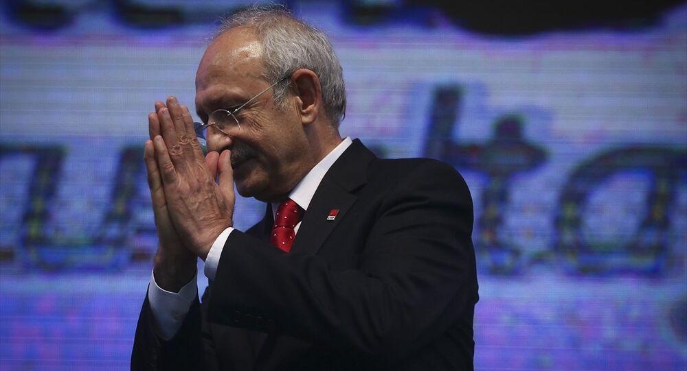 Kemal Kılıçdaroğlu, yeniden CHP Genel Başkanı seçilmesinin ardından delegelere teşekkür etti.