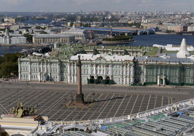 St. Petersburg gezi rehberi