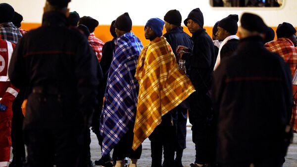 Avrupa Afrikalı göçmenler İtalya Sicilya - Sputnik Türkiye