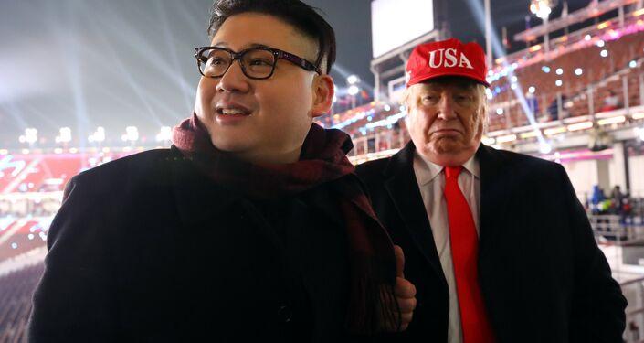 Törende kendini ABD Başkanı Donald Trump ve Kuzey Kore lideri Kim Jong-un benzeten seyirciler de dikkat çekti.
