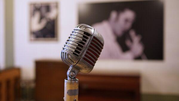 Mikrofon, şarkı yarışması - Sputnik Türkiye