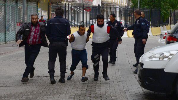 3 yaşındaki kıza tecavüz etmeye çalışırken yakalandı - Sputnik Türkiye