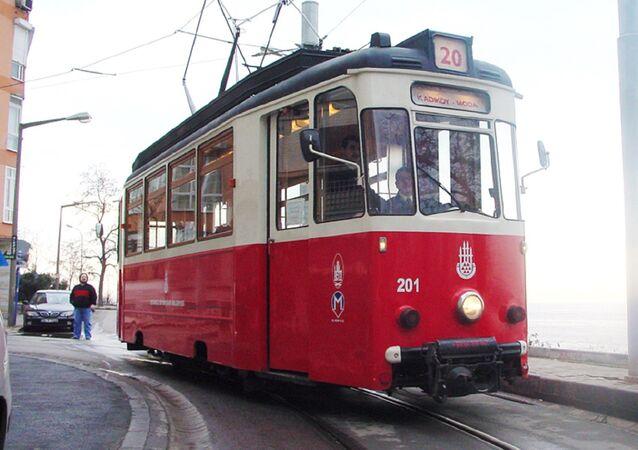 Kadıköy-Moda Nostaljik Tramvayı