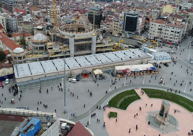 Taksim Camisi'nin kubbesi