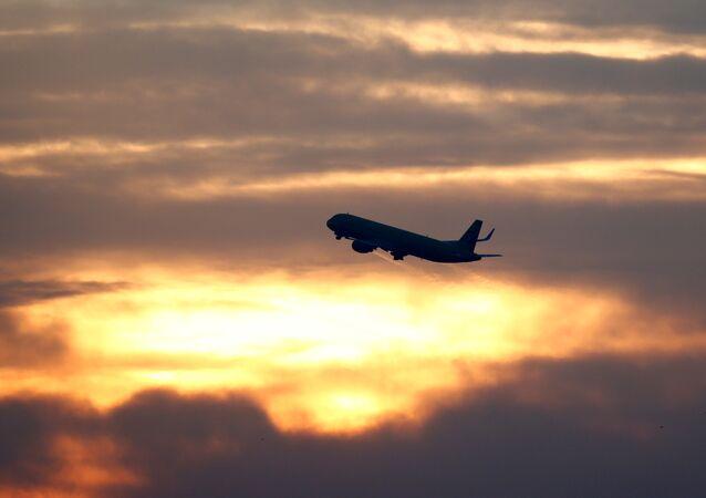 Uçak- Havalimanı