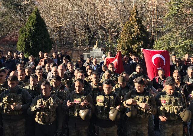 Korucular Afrin'e gitti