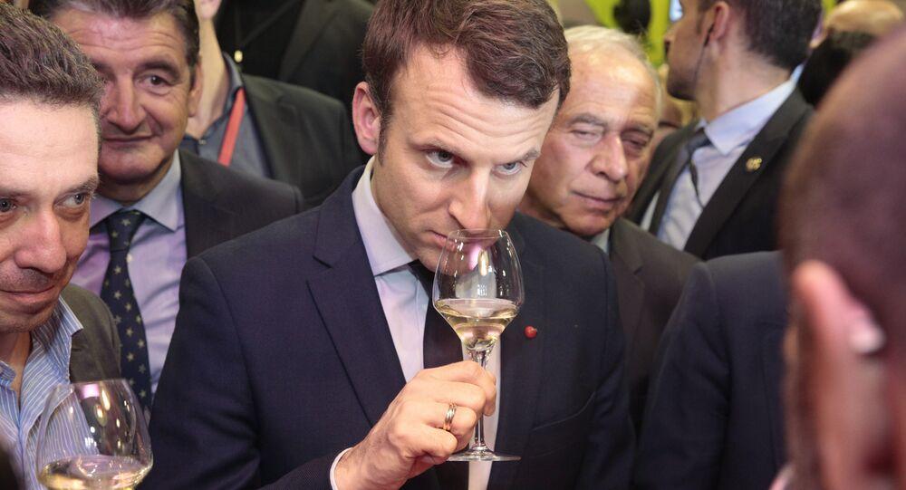 Emmanuel Macron Paris uluslararası tarım fuarı (Salon de l'agriculture) şarap testi 2017