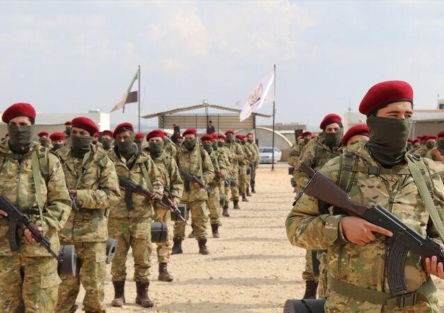 Özgür Suriye Ordusu (ÖSO) bileşenlerinden Hamza Tümeni tarafından oluşturulan Kürt Şahinleri Tugayı