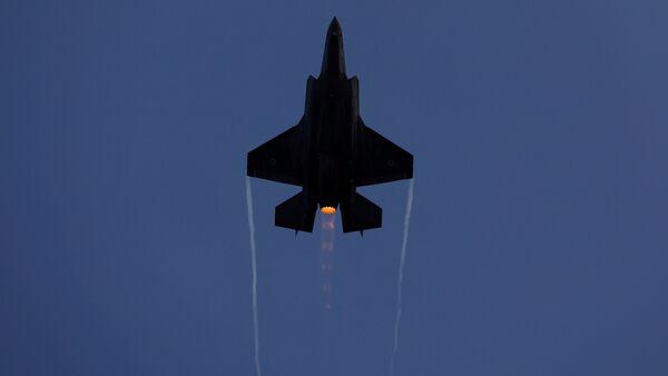 İsrail Hava Kuvvetleri F-35 savaş uçağı Hatzerim Hava Üssü  - Sputnik Türkiye