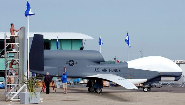 ABD yapımı RQ-4A Global Hawk tipi stratejik insansız hava aracı - Sputnik Türkiye