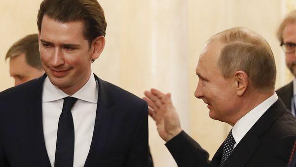 Vladimir Putin Sebastian Kurz Kremlin Moskova - Sputnik Türkiye