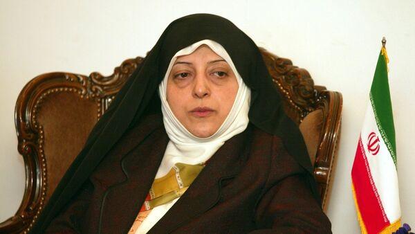 İran Cumhurbaşkanı Hasan Ruhani'nin Kadın ve Aile İşlerinden Sorumlu Yardımcısı Masume İbtikar - Sputnik Türkiye