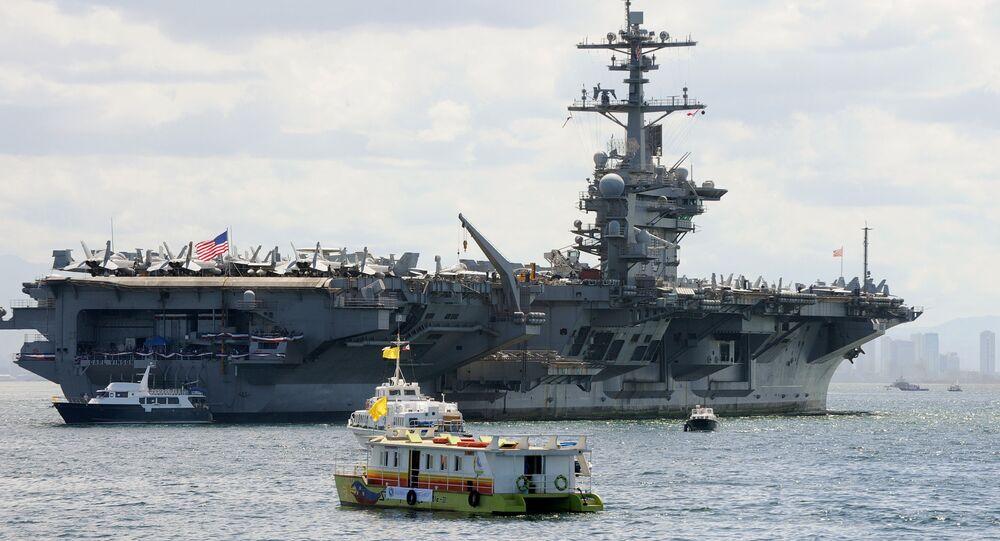 USS Carl Vinson uçak gemisi