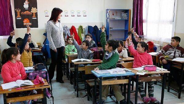 öğretmen - Sputnik Türkiye