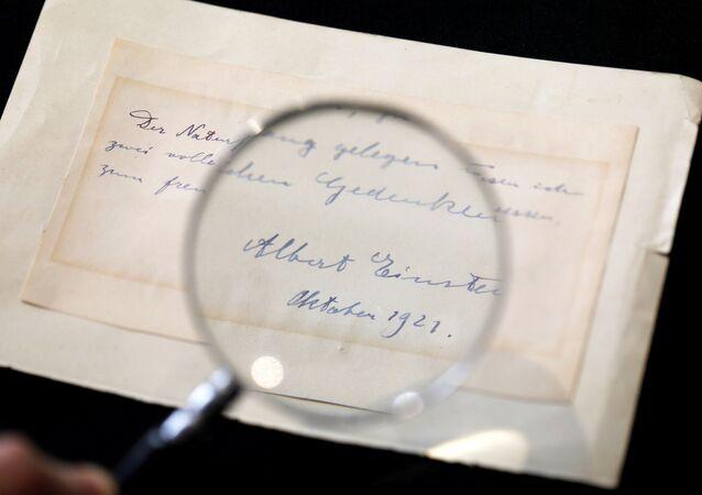Einstein'in 22 yaşındaki Elisabetta Piccini'ye yazdığı not