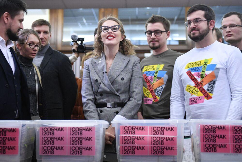 Rusya devlet başkanlığı seçimlerinde 'herkese karşı' aday Kseniya Sobçak