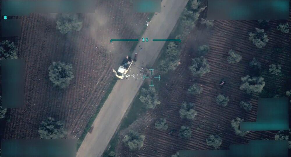 Afrin'de sivillerin kaçış yollarının bombalarla tuzaklandığı iddiası
