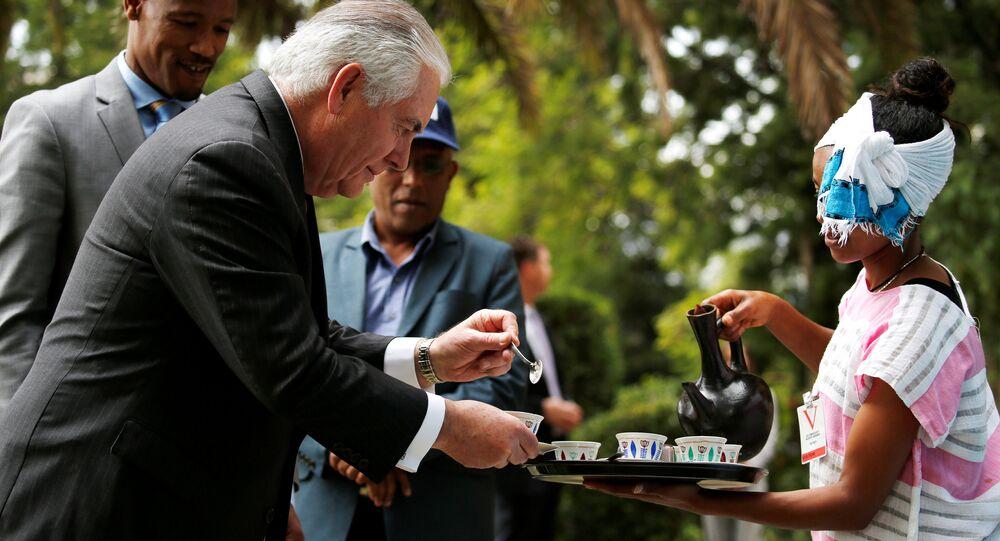 ABD Dışişleri Bakanı Rex Tillerson Etiyopya Addis Ababa geleneksel kahve töreni 8 Mart 2018