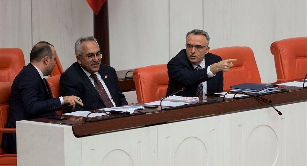 Maliye Bakanı Naci Ağbal