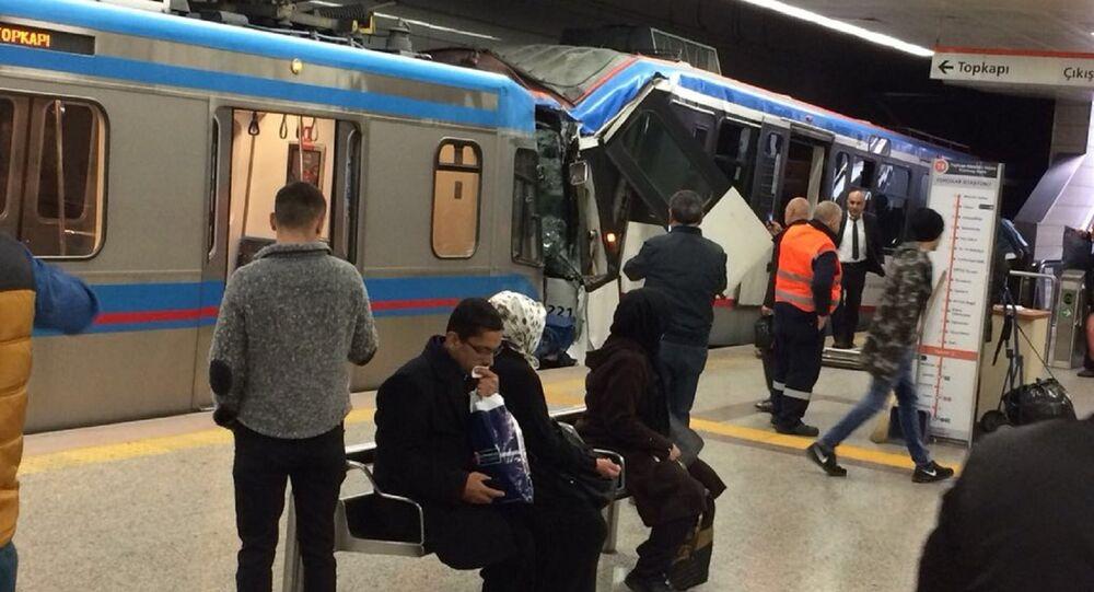 İstanbul'da iki tramvay çarpıştı