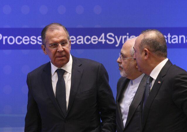 Dışişleri Bakanı Mevlüt Çavuşoğlu, Rusya Dışişleri Bakanı Sergey Lavrov ve İran Dışişleri Bakanı Cevad Zarif