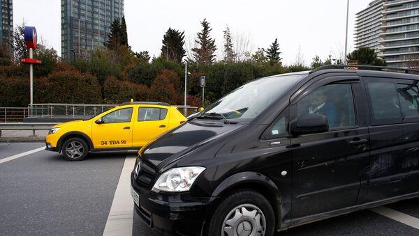 Uber, taksi - Sputnik Türkiye