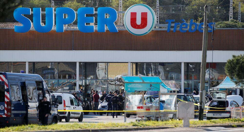 Fransa'nın güney batısındaki Trebes kasabasında Super U adında bir süpermarkette çalışanlarla müşterilerin rehin alındığı IŞİD saldırısı