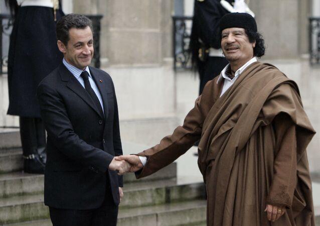 Eski Fransa Cumhurbaşkanı Nicolas Sarkozy ve Eski Libya lideri Muammer Kaddafi