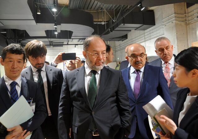 Başbakan Yardımcısı Recep Akdağ, Japonya temasları kapsamında afetlerle mücadele ve acil yardım konularında bu ülkedeki uygulamalara ilişkin bilgi alarak incelemelerde bulundu.