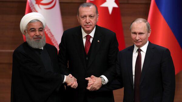Rusya- İran- Türkiye - Sputnik Türkiye