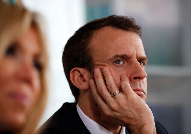 Emmanuel Macron Brigitte Macron otizm kampanyası Rouen Hastanesi
